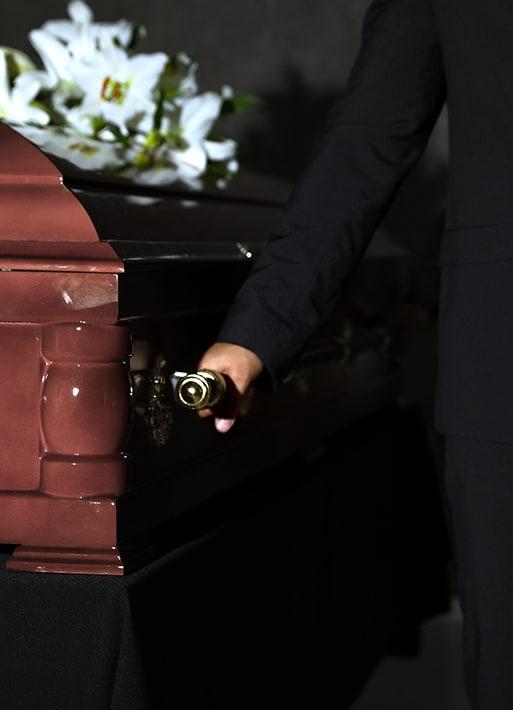 transport sicriu - servicii funerare complete
