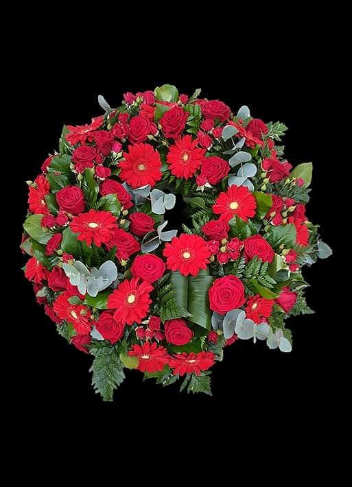 Aranjament floral - trandafiri, gerbera, minirose