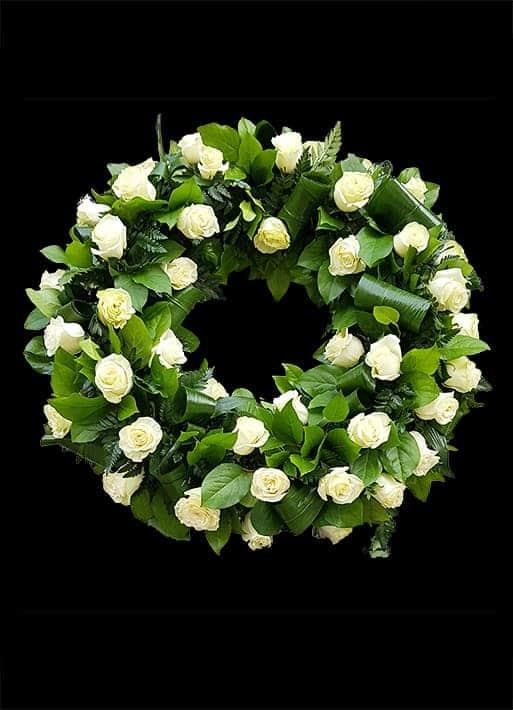 Aranjamente Funerare - A07 - Trandafiri Albi
